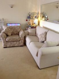 SOFA WITH ACCENT CHAIR