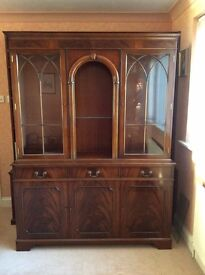 Lovely dark wood Dining Room Suite.......Dresser, Corner Unit, Table and 4 chairs.