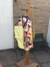 Tall Oak Retail Display Stand Clothes Accessories