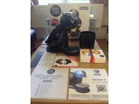 Brand new NESCAFÉ Dolce Gusto Melody 3 Coffee Machine by De'Longhi - Black (unwanted gift)