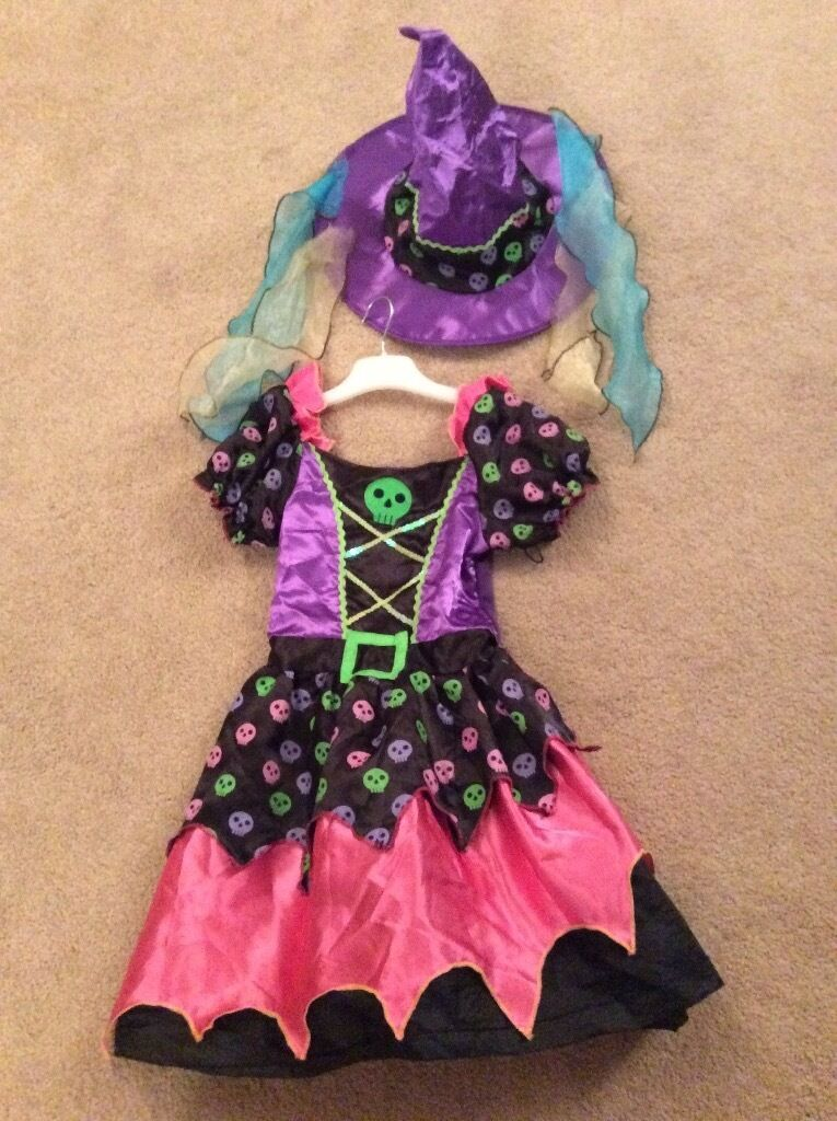 Girls witches dress and hat