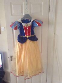 Snow White and princess dress up age 9-10
