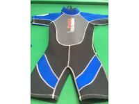 Kid's wet suits
