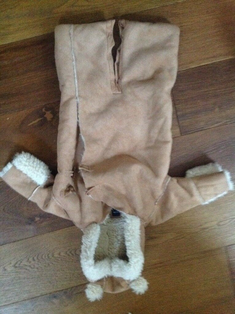 Baby gap 3-6 month snow suit