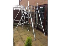 Light weight aluminium easy to erect tower scaffolding platform with hatch retirement causes sale