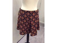 Vintage 1980's graphic print skirt, size 12