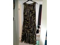 Ladies Windsmor sleeveless dress size 18