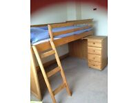 Solid pine cabin barker and stonehouse bed