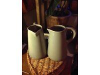 2x pitcher / jug