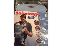 Babytrage Youmi Baby Relax Baby Carrier: 0-9 months. Brand new in original packaging