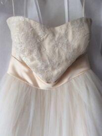 Wedding dress, brand new size 16