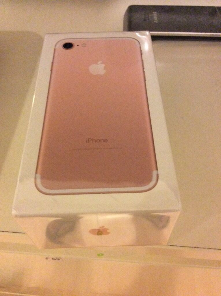 apple iphone 7 32gb rose gold contract with o2 box pack in hove east sussex gumtree. Black Bedroom Furniture Sets. Home Design Ideas