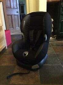 Maxi-Cosi Priori XP Car Seat - great condition