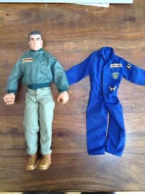 Action Man plus Police outfit (Vintage collectable)