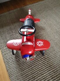 ** REDUCED** Red Flyer Ride On Aeroplane Airplane Toy Excellent Condition