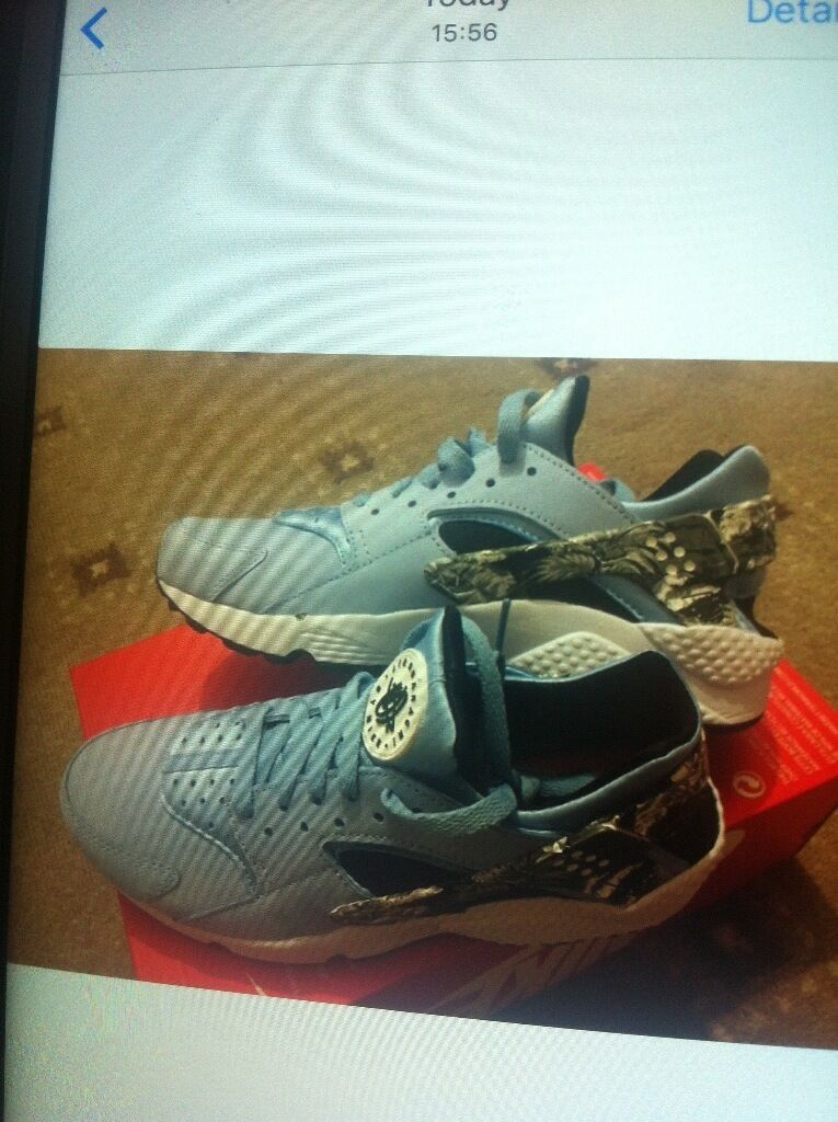 Cheap genuine Nike huaraches new colourin Handsworth Wood, West MidlandsGumtree - Cheap genuine Nike trainers Size 7.5 uk Never been warn Fixed price For a cheaper price please do see other shoes which r for sale Can do 2 for 115 or 3 for 170 Offer ends in 2 weeks n will be returned to the shop