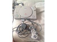 PlayStation 1 w/13 games & memory card