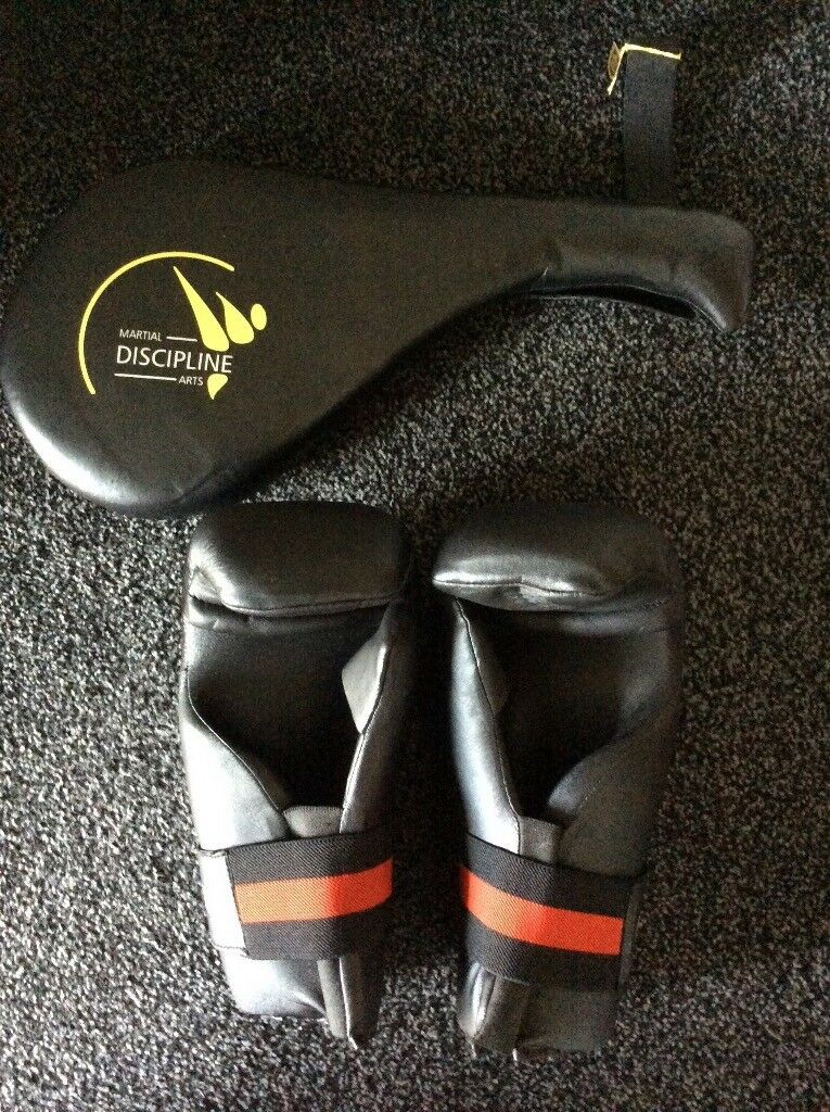 Discipline point fighter Gloves & paddle