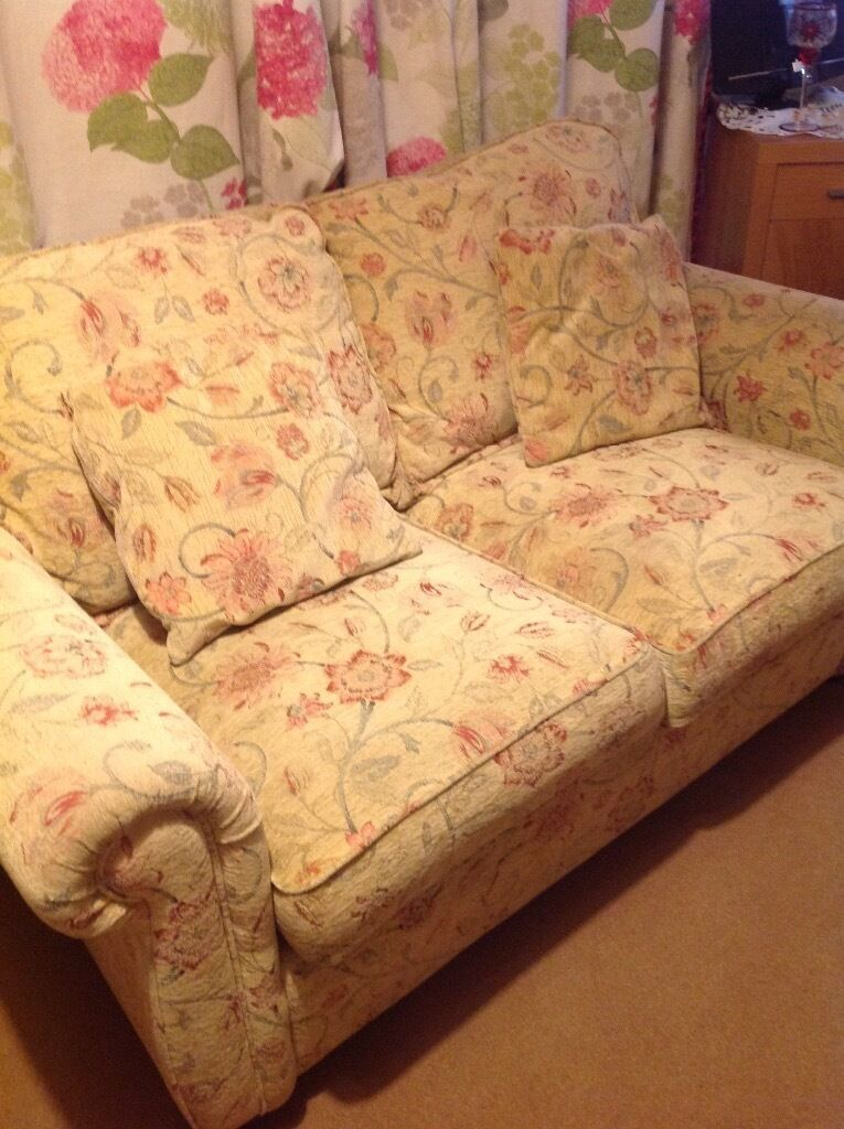Sofa Bed free to collecterin Badminton, GloucestershireGumtree - Sofa bed in excellent condition. 3ft deep x 4ft 11inches long Sprung action . Heavy will need 2 people to lift. Collection from Badminton