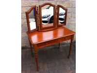 NEW, JUST OUT THE WRAPPING, GORGEOUS DRESSING TABLE AND MIRROR