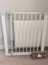 Safety 1st stair gate new