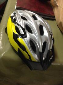 Excellent condition adults met helmet
