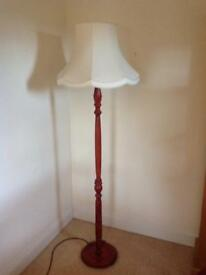 Lamp stand with shade
