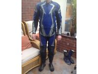 IXS motorcycle leathers excellent condition euro size 52