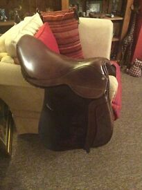 """REDUCED Leather hand made saddle 18""""-18.5"""" wide - extra wide"""