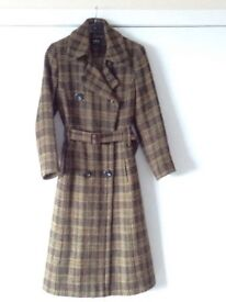 Per Una Marks and Spencer Ladies Coat Size 14 Long Length Very Good Condition