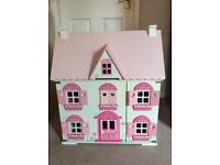Rosebud cottage dolls house