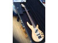 Gear 4 music bass guitar