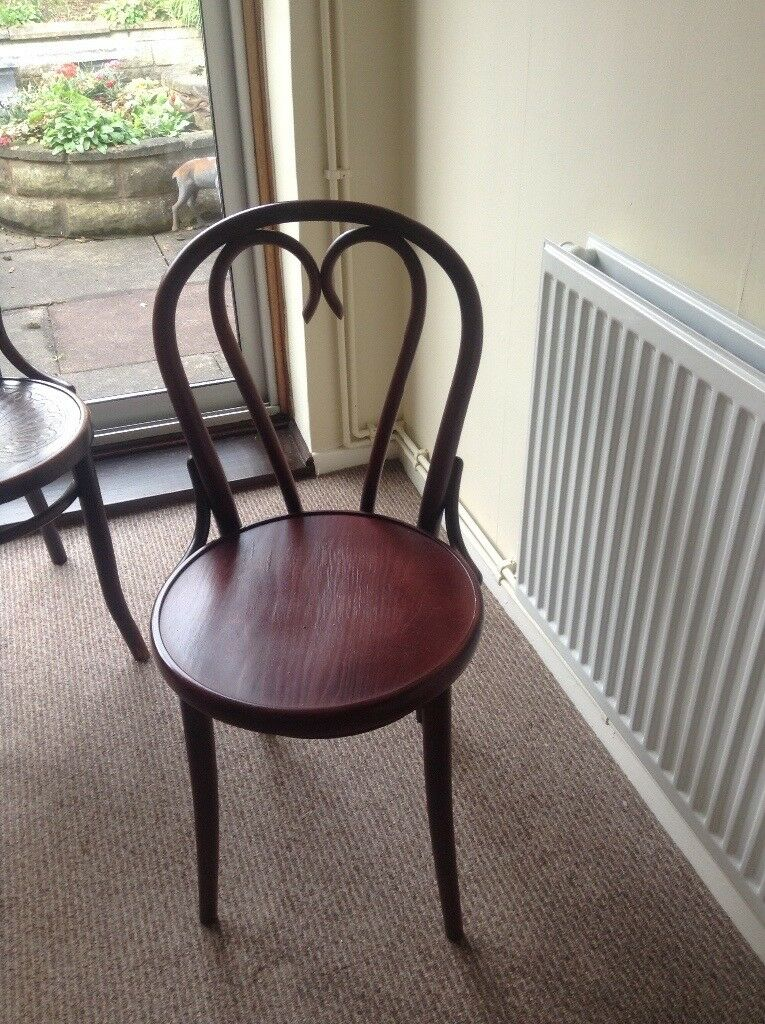 Repro bentwood chair