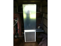 Graded Bosch KIV38X22GB Integrated Fridge Freezer RRP 499 FREE DELIVERY