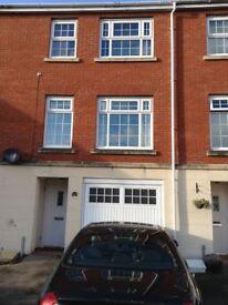 3 Storey Town House, 3 Bedrooms & 3 Bathrooms NP10 8EW