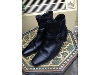 Black leather ankle boots size 4.5