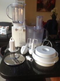 Kenwood Food Processor FP 450 with all attachments