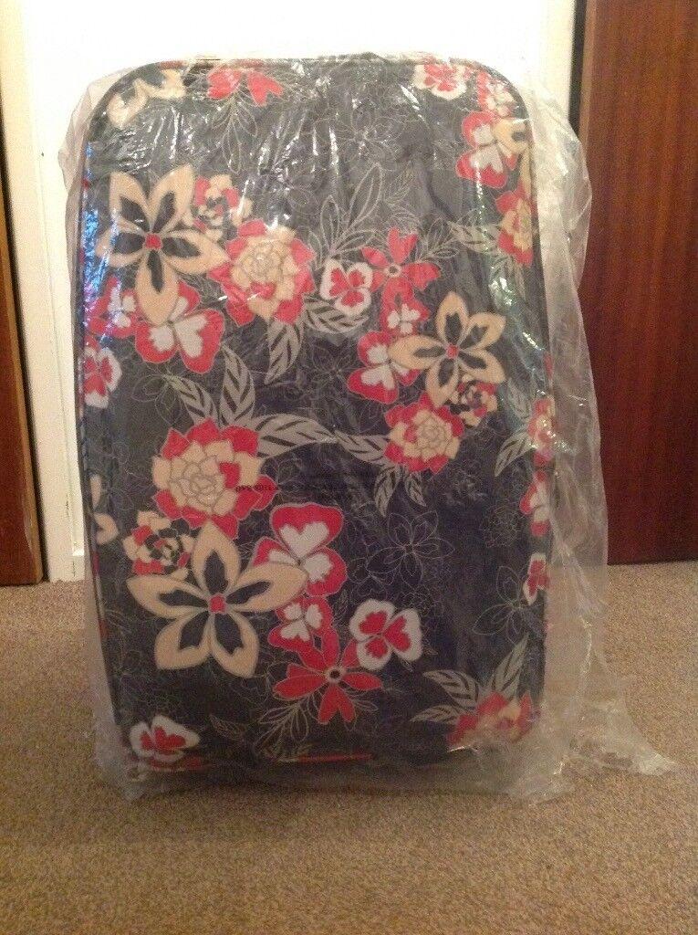 Brand new 5pc Suitcase