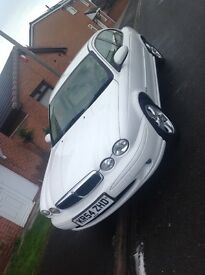 Rare WHITE x-type jaguar 2litre diesel