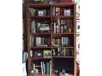 Pine book case, vgc. Adjustable height shelves.