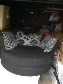 Round Swivel Armchair
