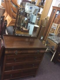 Ogee dressing table