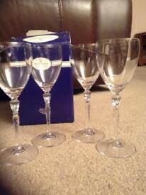 Royal Doulton Finest Crystal Wine Glasses (Set of 4)