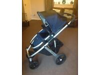 Uppababy Vista. 2014 model in Taylor blue.