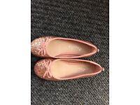 Girls pink glittery ballerina style shoe