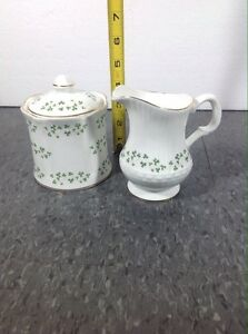 Read More Info - Royal Tara Shamrock creamer & sugar bowl