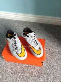 Football Boots Hyper Phelon Grey