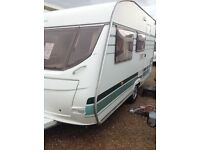 Lunar chateau 400 2004 4 berth
