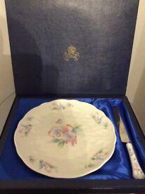 Boxed Bone China (Aynsley) cake plate and knife