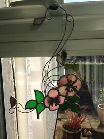 Stain Glass Floral Picture - can be hung or clipped around a mirror - Length = 30cm